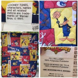Vtg Warner Bros. LOONEY TUNES Blanket 1997